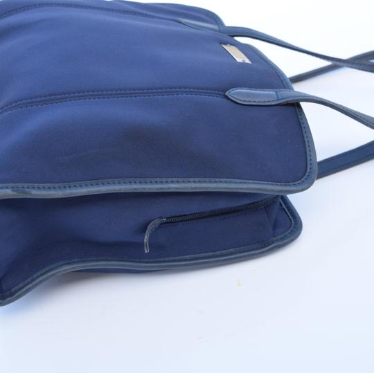 Coach Tote in navy blue Image 7