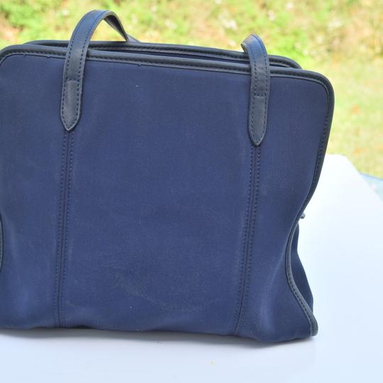 Coach Tote in navy blue Image 8