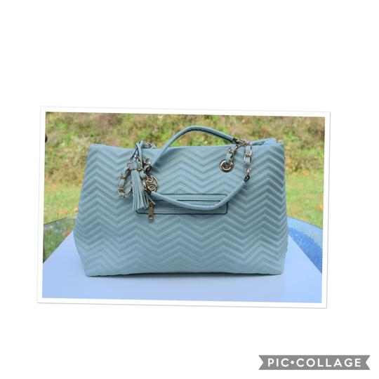 Perlina Tote in Mint green Image 1
