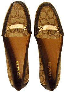 Coach No Box Ships Priority Mail New/Authentic KHAKI/BROWN Flats