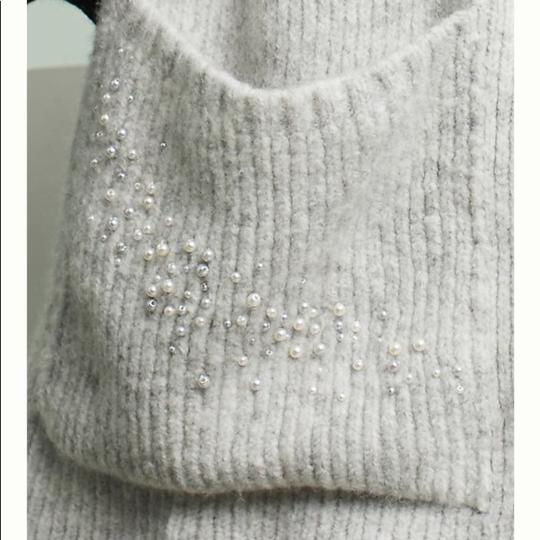 Anthropologie Anthropologie snow fall packet scarf Image 1