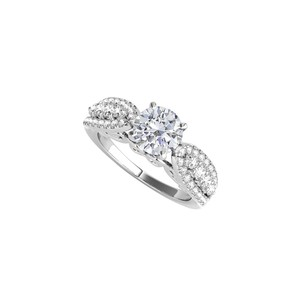 DesignByVeronica Cubic Zirconia Engagement Ring in 925 Sterling Silver
