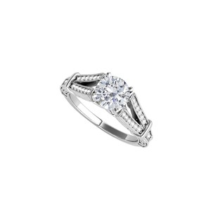 DesignByVeronica Prong Set Cubic Zirconia Ring in 925 Sterling Silver