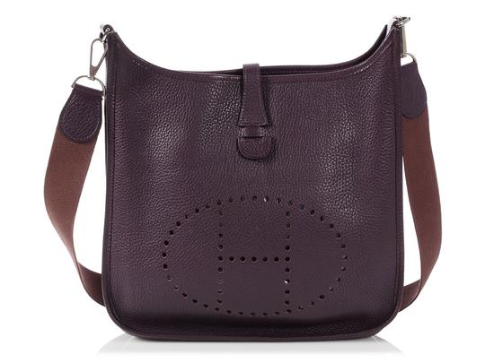 Preload https://img-static.tradesy.com/item/24200635/hermes-evelyne-2-pm-clemence-raisin-purple-leather-cross-body-bag-0-0-540-540.jpg