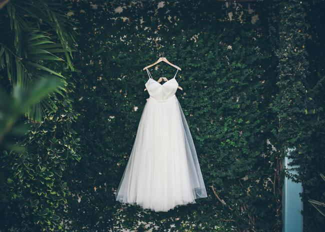BHLDN Ivory Tulle Delphi Skirt Feminine Wedding Dress Size 2 (XS) BHLDN Ivory Tulle Delphi Skirt Feminine Wedding Dress Size 2 (XS) Image 1