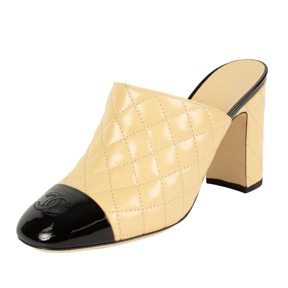 bb03a26680 Chanel Beige Quilted Leather Cap Toe Mules/Slides. Size: EU 41 (Approx. US  11) ...