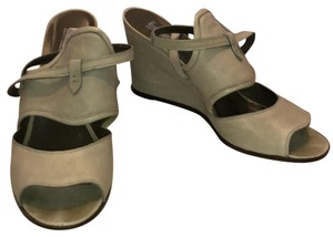 Belle by Sigerson Morrison Gray Wedges