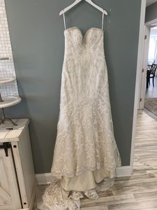Martina Liana (Issc-oy) Ivory Silver Lace with Stone Tulle and Champagne Royal Organza Over Oyster Dolce Satin (Color) / (Dn) Diamante Beaded Ml787 Formal Wedding Dress Size 8 (M)