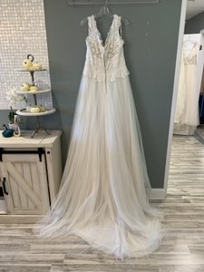 Maggie Sottero Ivory Over Light Gold Lace/Tulle Hensley Formal Wedding Dress Size 14 (L)