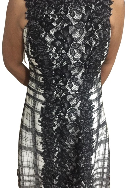 Item - Black and White Mid-length Short Casual Dress Size 6 (S)