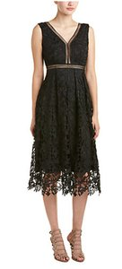 Romeo & Juliet Couture Floral Lace V Neck Pleated Skirt Holiday Parties Dress