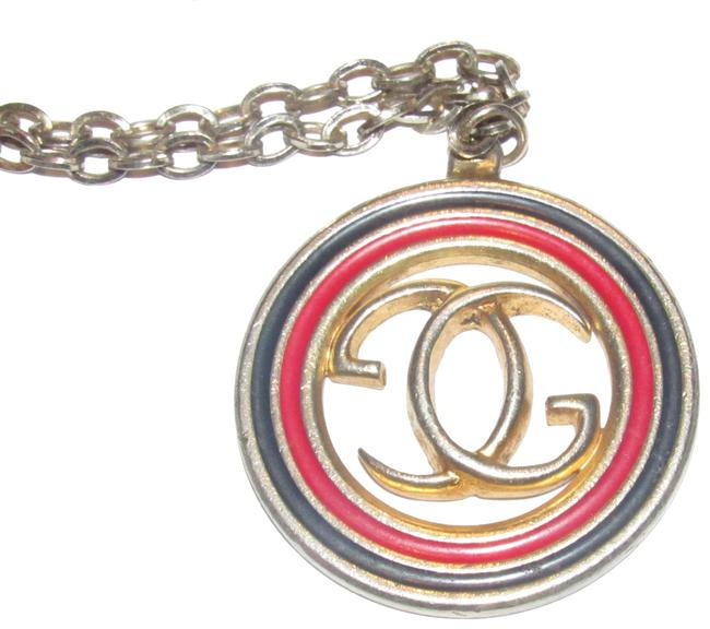 Item - Bold Gold and Red and Blue Enamel 'gg' Logo Medallion Vintage Jewelry/Designer Necklace