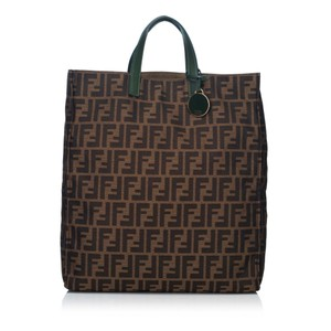 Fendi 8hfnto017 Tote in Brown