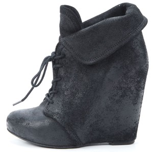 Elizabeth and James Suede Lace Up Fall Winter Manor Black Boots
