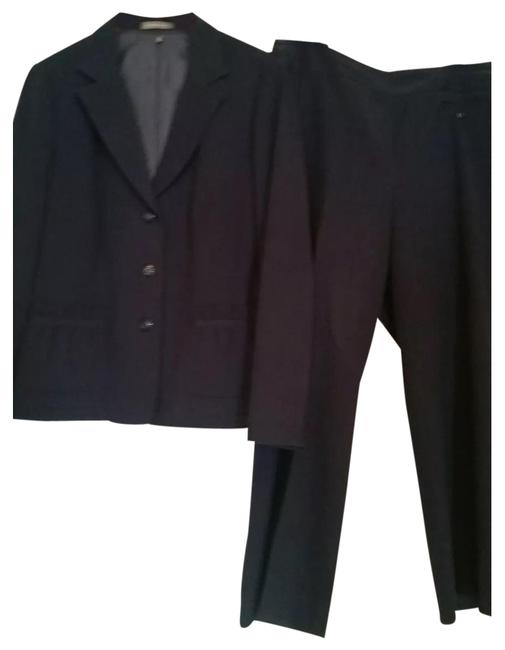 Preload https://img-static.tradesy.com/item/24209813/navy-pant-suit-size-14-l-0-1-650-650.jpg