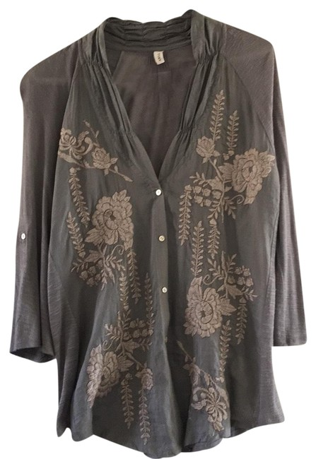 Item - Taupe Button-down Top Size 12 (L)