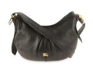 19046505722 Black Burberry Bags - Up to 90% off at Tradesy