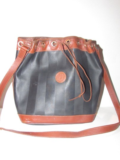 Fendi Mint Vintage Xl Size High-end Bohemian Drawstring Bucket Black/Pecan Satchel in black wide striped coated canvas and burnt orange or pecan colored leather Image 5