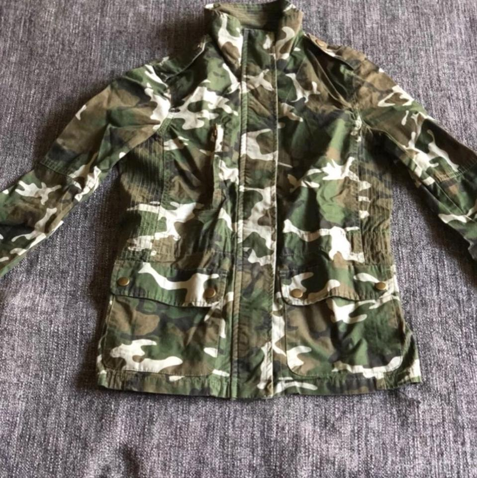 a26f43522aec8 Camo Women's Fitted Jacket Size 4 (S) - Tradesy