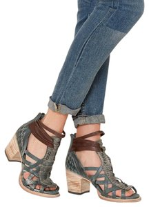 FREEBIRD by Steven Strappy Blue/Brown Leather Blue/Brown Sandals
