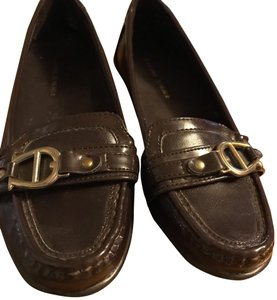 Etienne Aigner chestnut brown Flats