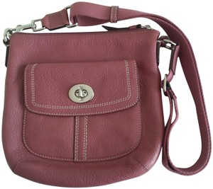 Coach Pebbled Leather Classic Casual Cross Body Bag