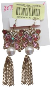 Betsey Johnson Betsey Johnson New Pink Butterfly & Pearl Earrings