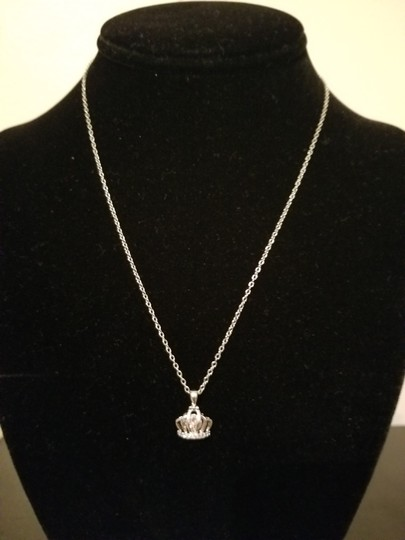 Xquisite by Desygn Women's CROWN PENDENT WITHOUT NECKLACE Image 9