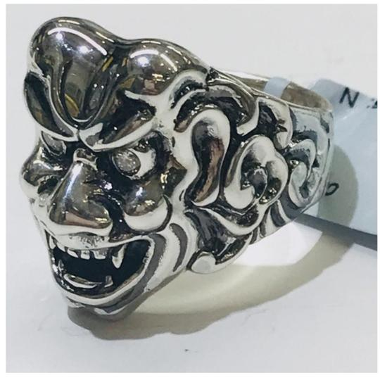 Stephen Webster NEVER WORN!! Stephen Webster Two Diamond Japanese Warrior Mask Ring Sterling Silver 23.8 grams Two Diamonds weighing 0.10 carat total weight Size 9 Can be sized!!! 100% Authentic Guaranteed!! Comes with Original Stephen Webster Pouch!! Image 7