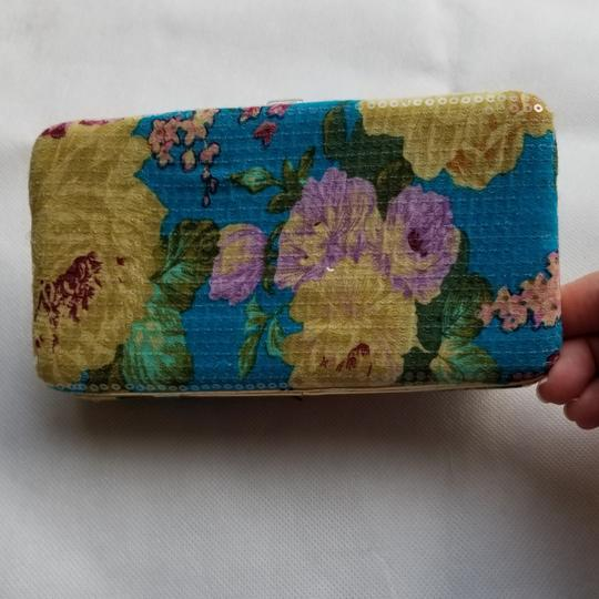 Urban Outfitters Urban Outfitters flower sequin wallet Image 3