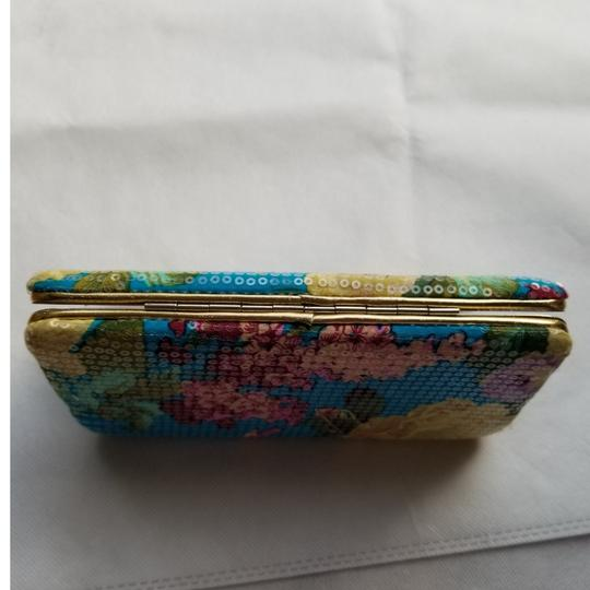 Urban Outfitters Urban Outfitters flower sequin wallet Image 4