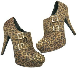 G by Guess Animal Print Buckled Studded Brown Black Pumps