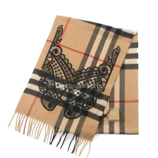 Burberry Classic Cashmere Scarf in check with lace embroidery Image 1
