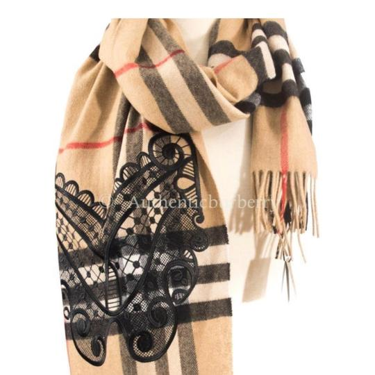 Burberry Classic Cashmere Scarf in check with lace embroidery Image 2