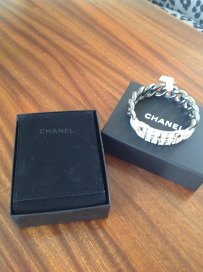Chanel Authentic Chanel Deco Crystal Ruthenium Chain Bangle. BNWT Image 3