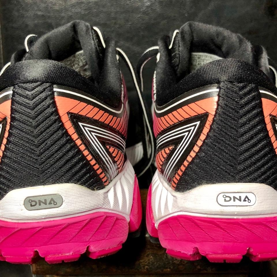 9283cb8f71123 Brooks Black   Pink Peacock   Living Coral Ghost 10  120246-1b-067 Sneakers  Size US 9 Regular (M