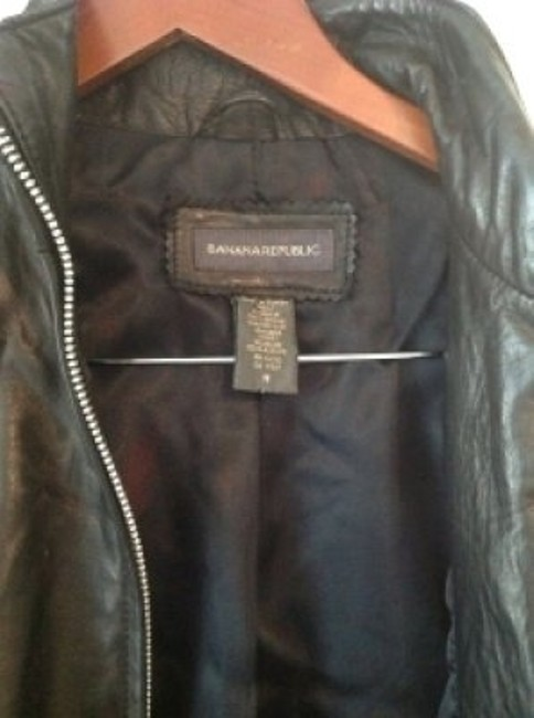 Preload https://item5.tradesy.com/images/banana-republic-black-soft-motorcycle-leather-jacket-size-8-m-24214-0-0.jpg?width=400&height=650