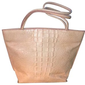Wilsons Leather Tote in Pink