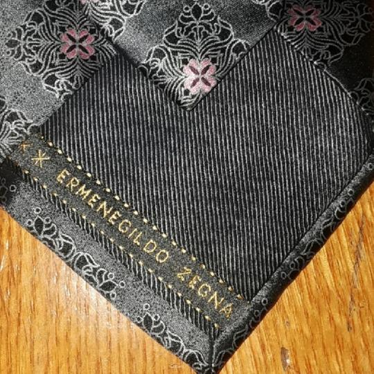 Ermenegildo Zegna Silk Grey with Black Accents and Pink Floral Design New Without Tags Tie/Bowtie Image 3
