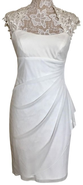 Item - Ivory Embroidered Capped Sleeve Formal Dress Size 6 (S)