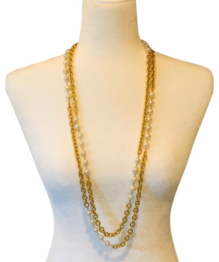 Preload https://img-static.tradesy.com/item/24215107/chanel-gold-chain-and-white-pearl-runway-double-strands-long-station-necklace-0-10-540-540.jpg