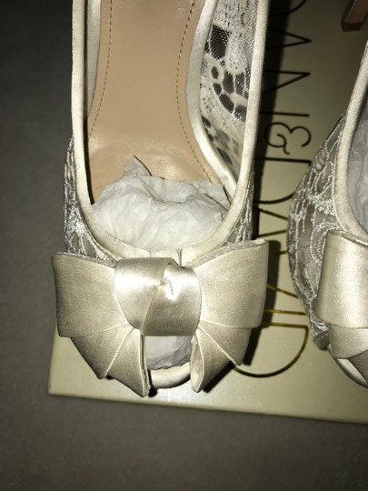 Joan & David off white-cream Pumps Image 1