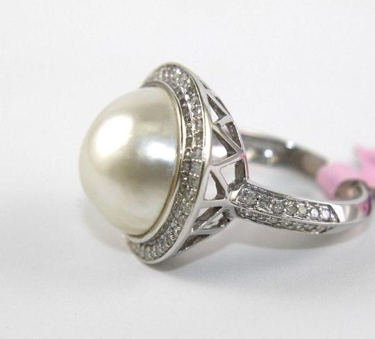Other Huge Mother of Pearl & Diamond Pave Halo Solitaire Ring 14k White Gold Image 4