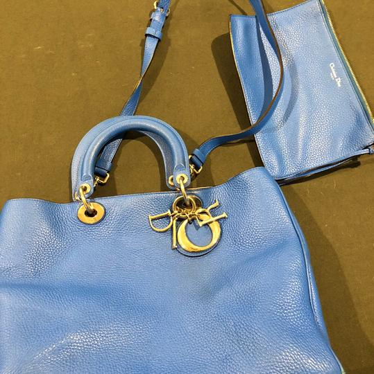 Dior Tote in Blue Image 4