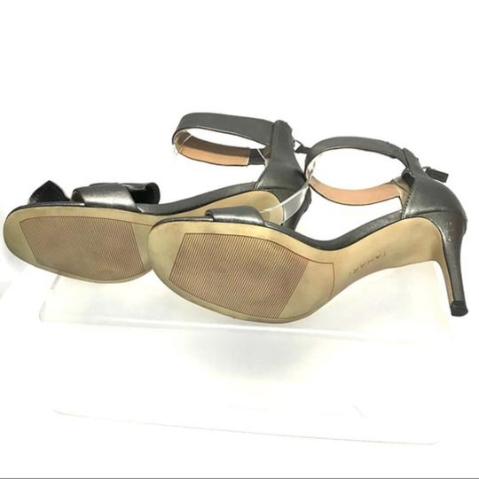 Tahari Bow Accent Ankle Strap Back Zip Closure Gray Sandals Image 3
