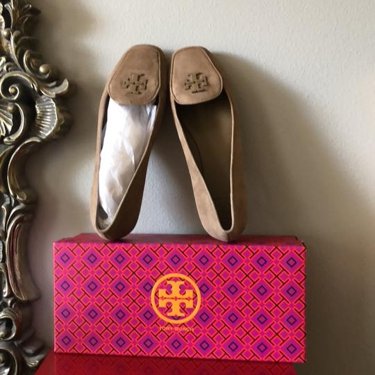 Tory Burch Taupe Flats Image 3