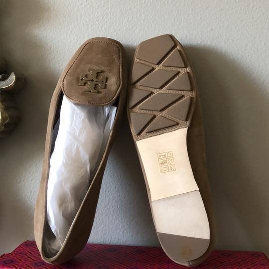 Tory Burch Taupe Flats Image 5