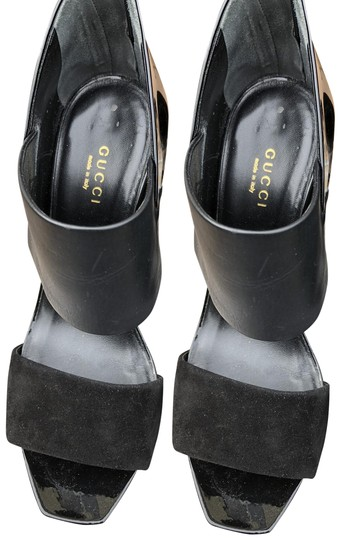 Preload https://img-static.tradesy.com/item/24216699/gucci-black-patent-leather-and-suede-sandals-size-us-85-regular-m-b-0-2-540-540.jpg
