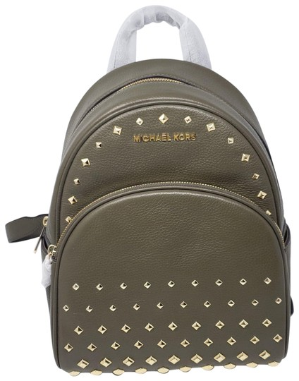 Preload https://img-static.tradesy.com/item/24216793/michael-kors-olive-green-backpack-0-1-540-540.jpg