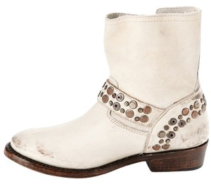 Ash Distressed Off White Boots